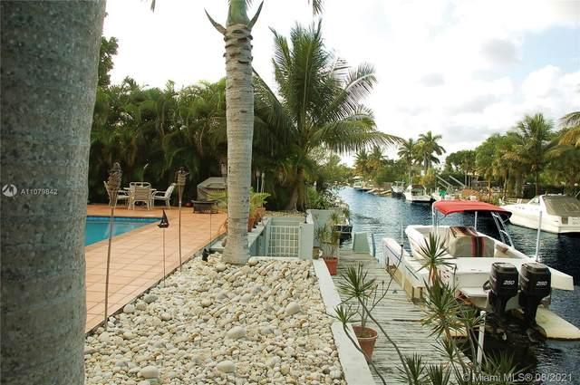 1131 NE 104 St, Miami Shores, FL 33138 (MLS #A11079842) :: The Jack Coden Group