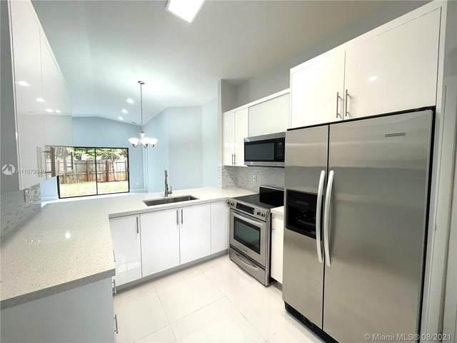 10891 SW 159th Ter, Miami, FL 33157 (MLS #A11079940) :: Search Broward Real Estate Team