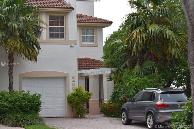 6450 NW 109th Ave, Doral, FL 33178 (MLS #A11079979) :: The Teri Arbogast Team at Keller Williams Partners SW