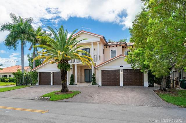 19305 SW 79th Ct, Cutler Bay, FL 33157 (MLS #A11080006) :: Onepath Realty - The Luis Andrew Group