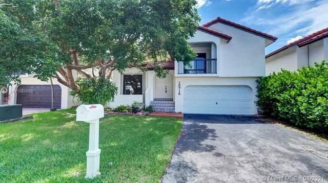 10718 SW 117th Place, Miami, FL 33186 (MLS #A11080089) :: Berkshire Hathaway HomeServices EWM Realty