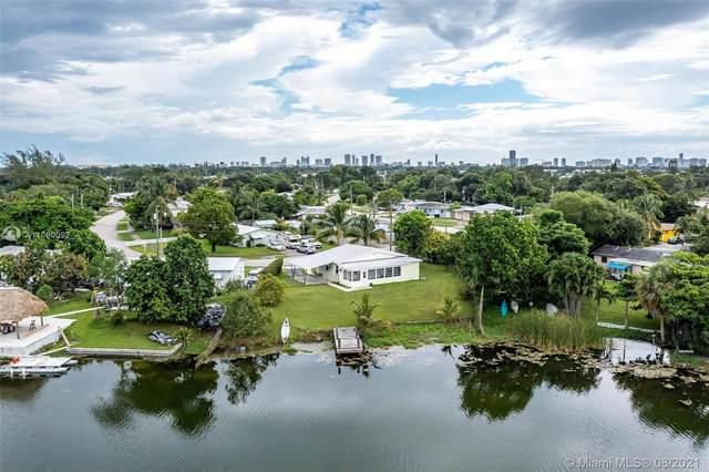 3621 SW 35th St, West Park, FL 33023 (MLS #A11080092) :: CENTURY 21 World Connection
