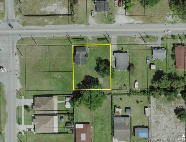 11980 SW 216th St, Miami, FL 33170 (MLS #A11080212) :: Green Realty Properties