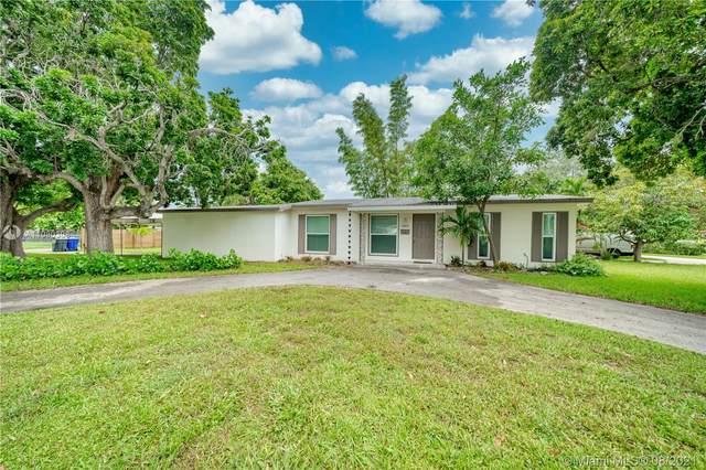 1459 Rodman St, Hollywood, FL 33020 (MLS #A11080308) :: Castelli Real Estate Services