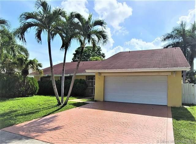 731 SW 99th Ter, Pembroke Pines, FL 33025 (MLS #A11080411) :: Prestige Realty Group