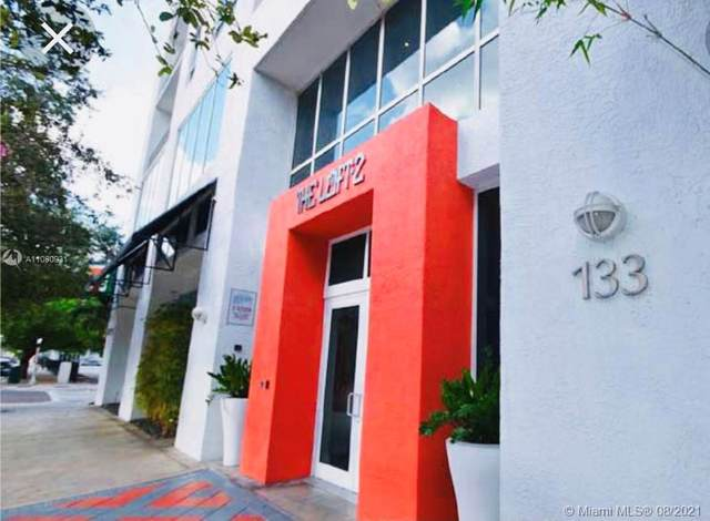 133 NE 2nd Ave #906, Miami, FL 33132 (MLS #A11080931) :: The Rose Harris Group