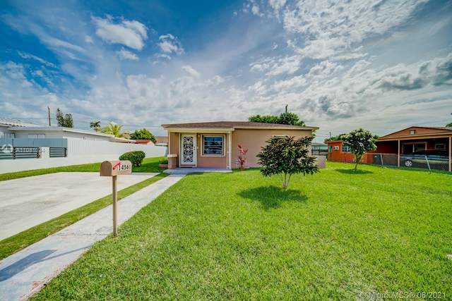 14561 Monroe St, Miami, FL 33176 (MLS #A11081034) :: The Pearl Realty Group