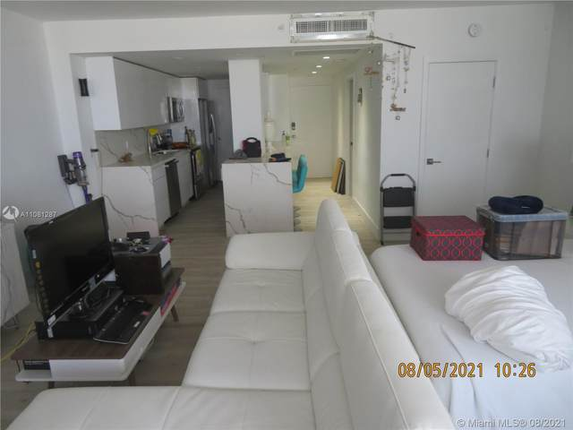 100 Lincoln Rd #1120, Miami Beach, FL 33139 (MLS #A11081287) :: Berkshire Hathaway HomeServices EWM Realty