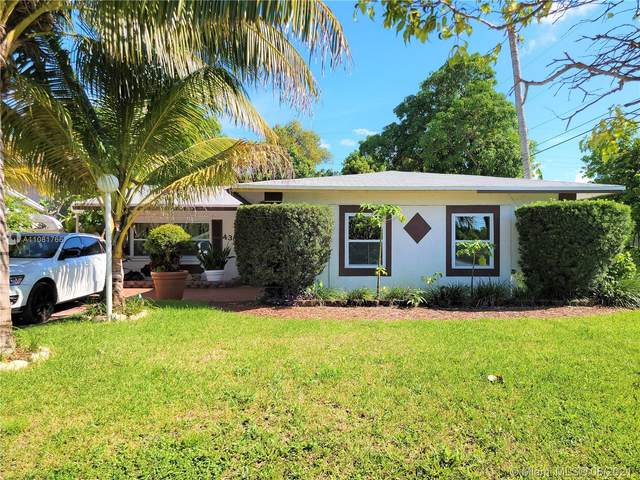 4360 NW 32nd Ct, Lauderdale Lakes, FL 33319 (MLS #A11081766) :: Rivas Vargas Group