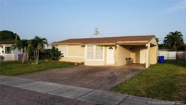 1449 SW 48th Ave, Fort Lauderdale, FL 33317 (MLS #A11082299) :: Jo-Ann Forster Team