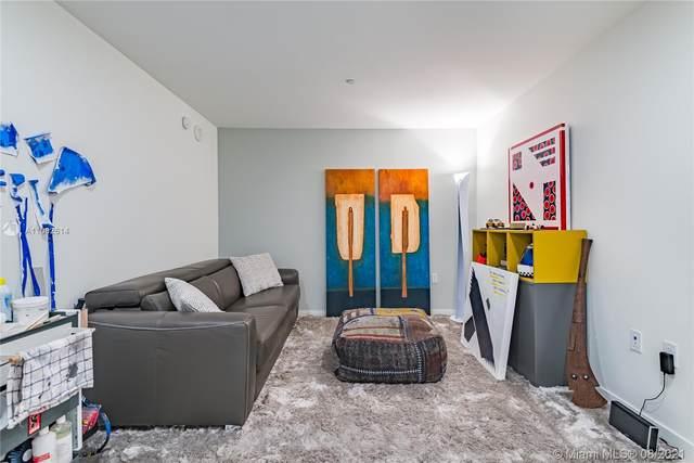 1000 Brickell Plz #2305, Miami, FL 33131 (MLS #A11082614) :: Green Realty Properties
