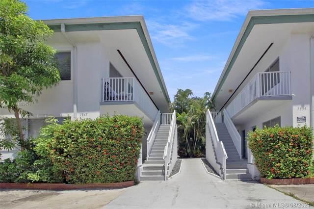 7945 Carlyle Ave #3, Miami Beach, FL 33141 (MLS #A11082671) :: Jo-Ann Forster Team
