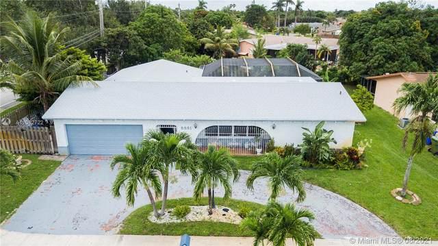 8881 NW 3rd Street, Pembroke Pines, FL 33024 (MLS #A11082722) :: The Rose Harris Group