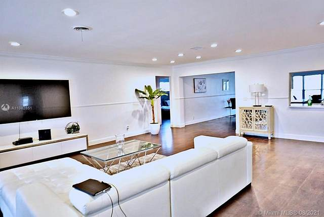 4721 W Park, Hollywood, FL 33021 (MLS #A11082851) :: Berkshire Hathaway HomeServices EWM Realty