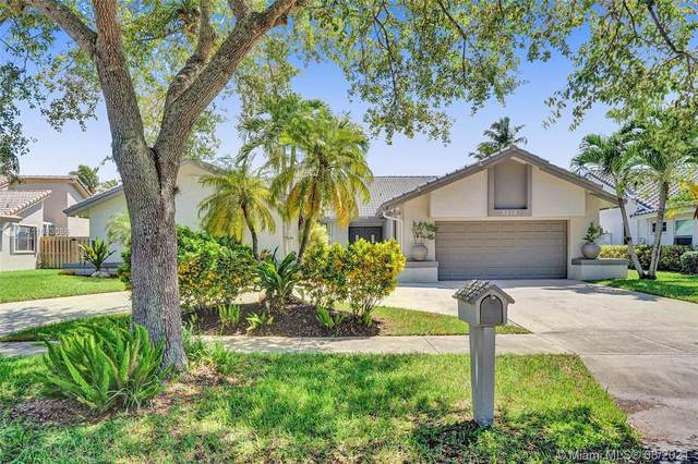 3315 Dockside Dr, Cooper City, FL 33026 (MLS #A11083086) :: Onepath Realty - The Luis Andrew Group