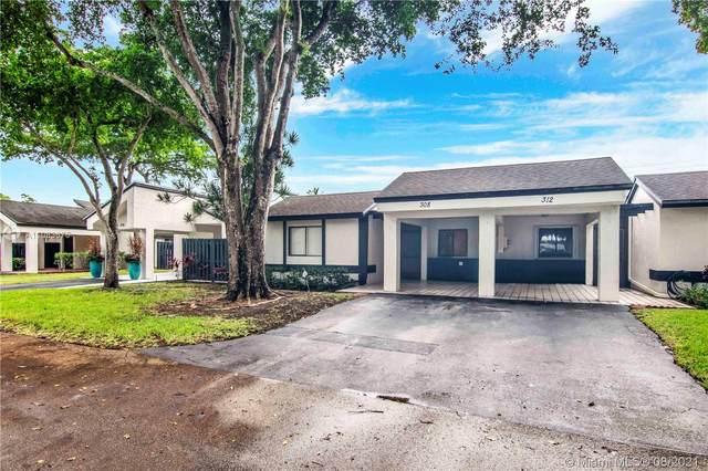 308 Fairway Cir #107, Weston, FL 33326 (MLS #A11083675) :: The Rose Harris Group