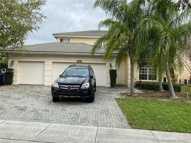 14917 SW 54th St, Miramar, FL 33027 (MLS #A11083852) :: Re/Max PowerPro Realty