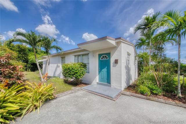 1600 N 68th Ave, Hollywood, FL 33024 (MLS #A11084071) :: CENTURY 21 World Connection