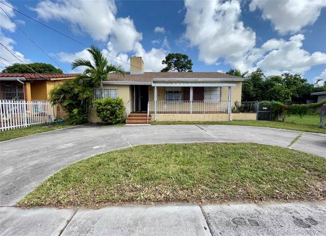 2421 SW 7th St, Miami, FL 33135 (MLS #A11084091) :: The Rose Harris Group