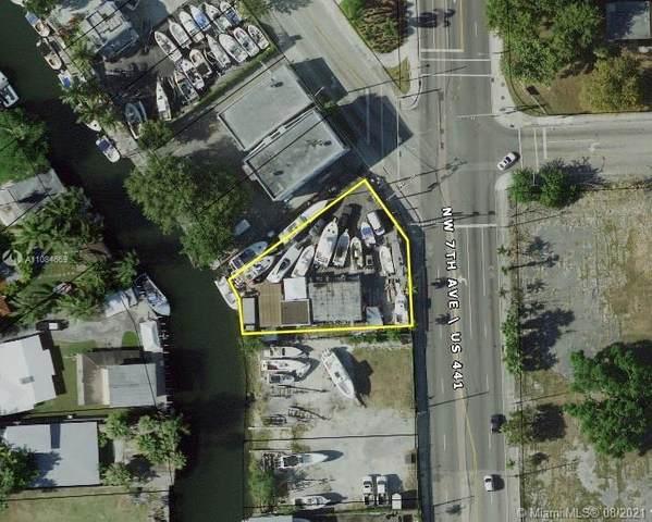 732 NW 7th Ave, Miami, FL 33136 (MLS #A11084669) :: Douglas Elliman