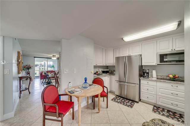 9720 S Hollybrook Lake Dr #102, Pembroke Pines, FL 33025 (MLS #A11084943) :: Berkshire Hathaway HomeServices EWM Realty