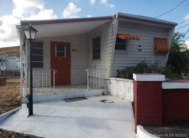 800 SW 1st Ct, Hallandale Beach, FL 33009 (MLS #A11085172) :: Green Realty Properties