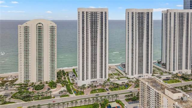 16001 Collins Ave #1703, Sunny Isles Beach, FL 33160 (MLS #A11085397) :: Green Realty Properties