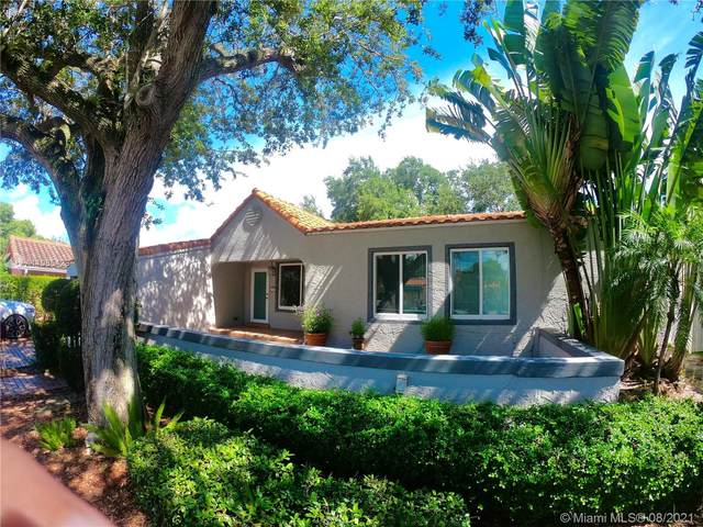 805 SE 10th St, Fort Lauderdale, FL 33316 (MLS #A11085428) :: All Florida Home Team