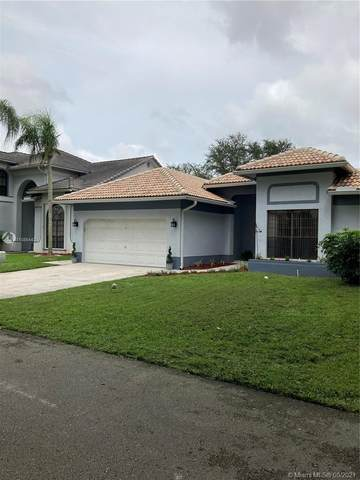 2935 Tulip Dr, Cooper City, FL 33026 (MLS #A11085443) :: Onepath Realty - The Luis Andrew Group