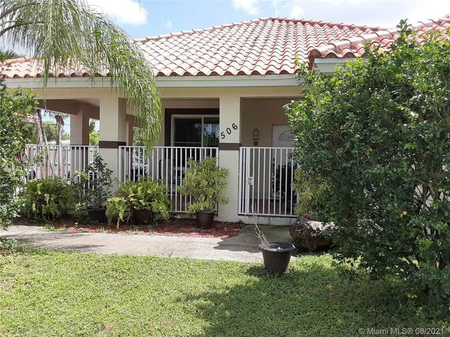 506 NW 7th St, Homestead, FL 33030 (MLS #A11085549) :: Douglas Elliman