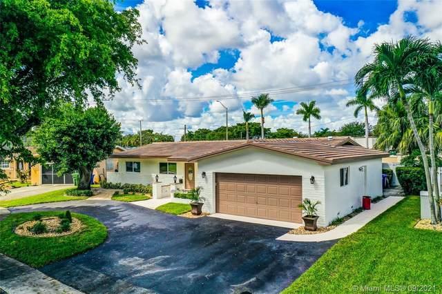 1710 NW 88th Way, Pembroke Pines, FL 33024 (MLS #A11085560) :: Berkshire Hathaway HomeServices EWM Realty