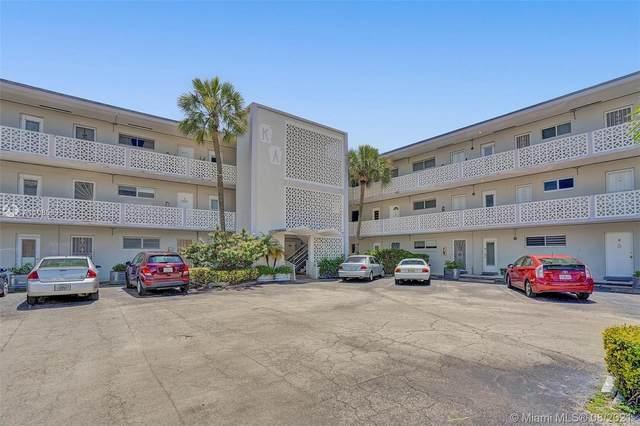 13105 S Ixora Ct #214, North Miami, FL 33181 (MLS #A11085695) :: Green Realty Properties