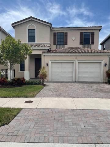 766 NE 191st St, Miami, FL 33179 (MLS #A11085716) :: ONE Sotheby's International Realty