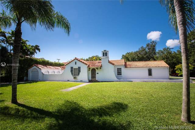 840 Castile Ave, Coral Gables, FL 33134 (MLS #A11086185) :: The Rose Harris Group