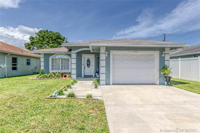 2209 Atlanta St, Hollywood, FL 33020 (MLS #A11086431) :: Onepath Realty - The Luis Andrew Group