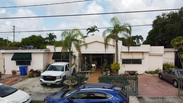330 SW 55th Ave, Miami, FL 33134 (MLS #A11086494) :: CENTURY 21 World Connection