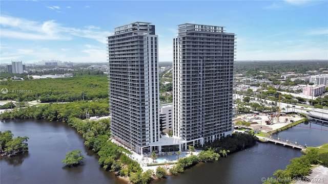 16385 Biscayne Blvd #521, North Miami Beach, FL 33160 (MLS #A11086567) :: GK Realty Group LLC