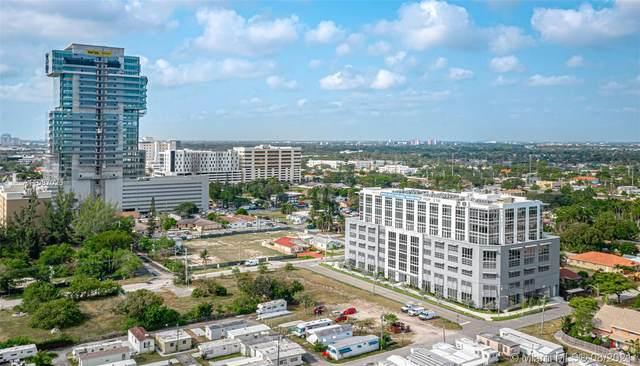 800 SE 4th Ave, Hallandale Beach, FL 33009 (MLS #A11087026) :: The MPH Team
