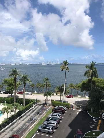 1420 Brickell Bay Dr 705C, Miami, FL 33131 (MLS #A11087092) :: The MPH Team