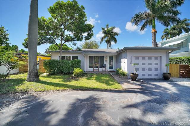 1440 Grant St, Hollywood, FL 33020 (MLS #A11087239) :: The Rose Harris Group
