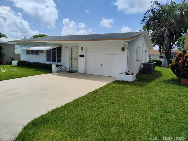 5403 NW 49th Ave, Tamarac, FL 33319 (MLS #A11087298) :: The Pearl Realty Group