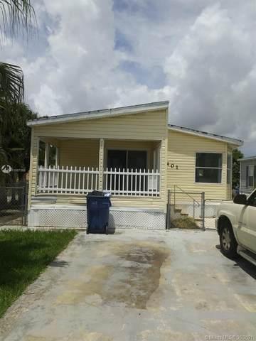 19800 SW 180th Ave #401, Miami, FL 33187 (MLS #A11087366) :: Castelli Real Estate Services