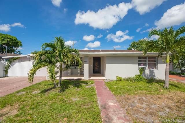 9321 Broad Manor Rd, Miami, FL 33147 (MLS #A11087412) :: Douglas Elliman