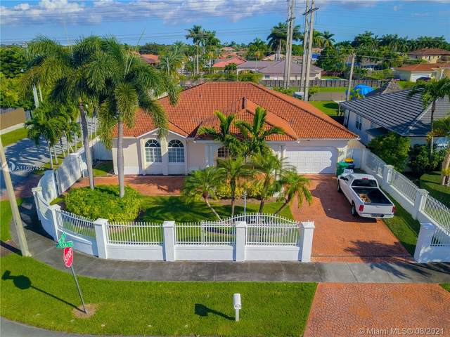 3011 SW 136th Ct, Miami, FL 33175 (MLS #A11087459) :: The Rose Harris Group