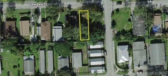 106 Oak Ave, Coral Gables, FL 33133 (MLS #A11087571) :: Douglas Elliman