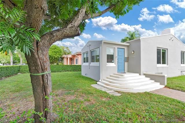 2492 SW 23rd St, Miami, FL 33145 (MLS #A11087624) :: All Florida Home Team