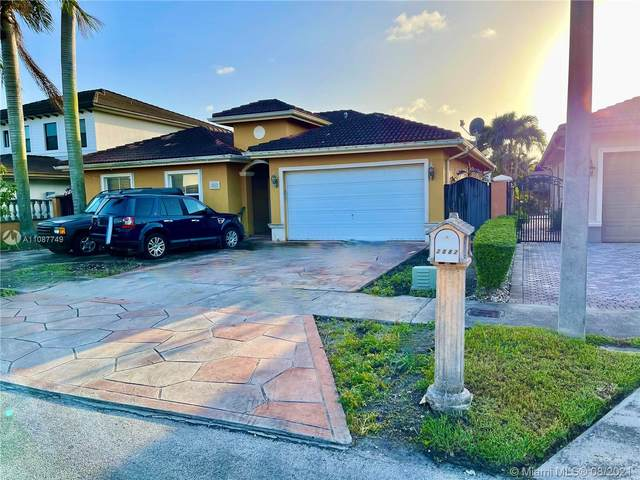 2882 SW 148th Path, Miami, FL 33185 (MLS #A11087749) :: Jo-Ann Forster Team