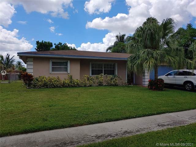 7770 NW 45th Ct, Lauderhill, FL 33351 (MLS #A11087949) :: Douglas Elliman