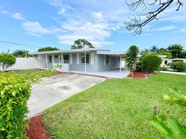 1008 NW 11th Ct, Fort Lauderdale, FL 33311 (MLS #A11087984) :: The Teri Arbogast Team at Keller Williams Partners SW