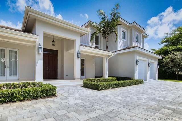 8051 SW 178th St, Palmetto Bay, FL 33157 (MLS #A11088735) :: KBiscayne Realty